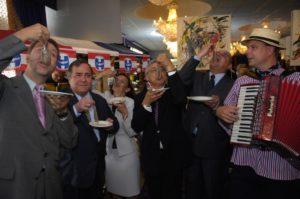 Accordeonist haringparty maatjesfeest haringfeest muziek hollandse nieuwe
